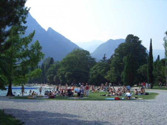Riva Del Garda, อิตาลี: Bautiful Lake in Garda