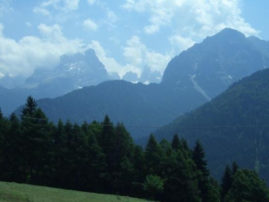 Riva Del Garda, อิตาลี: View at Alps Mount
