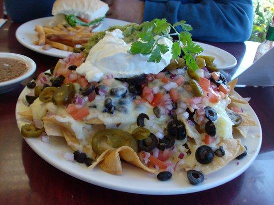 Bayside Cafe: Nochos YUMMY