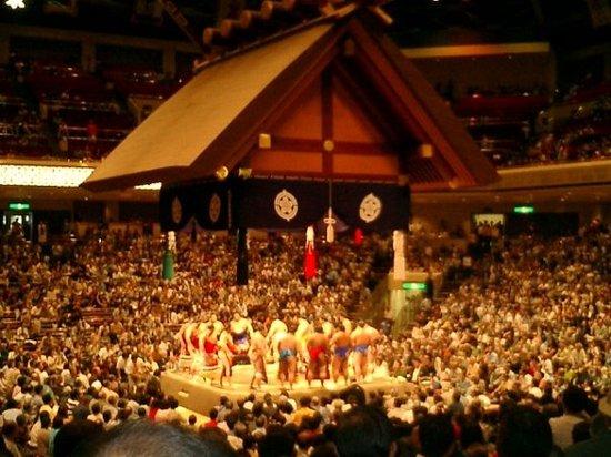 Sumida, Japón: I sumotori!