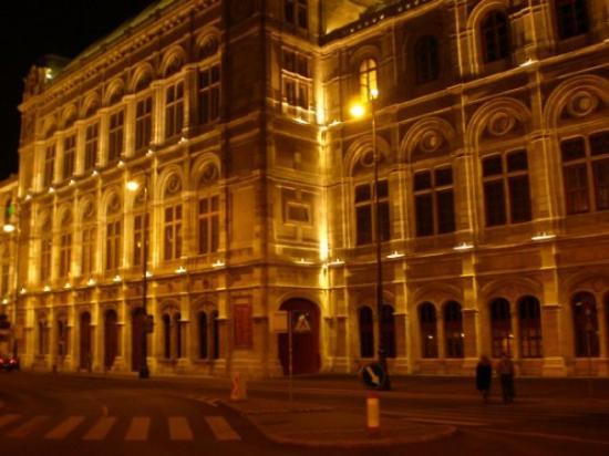 State Opera House: l'Opera!!!