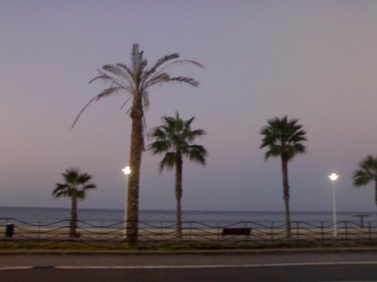 แอลเมเรีย, สเปน: paseando a las 7:00