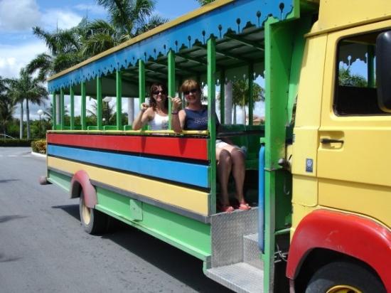 Grand Bahia Principe Punta Cana: el bus del hotel