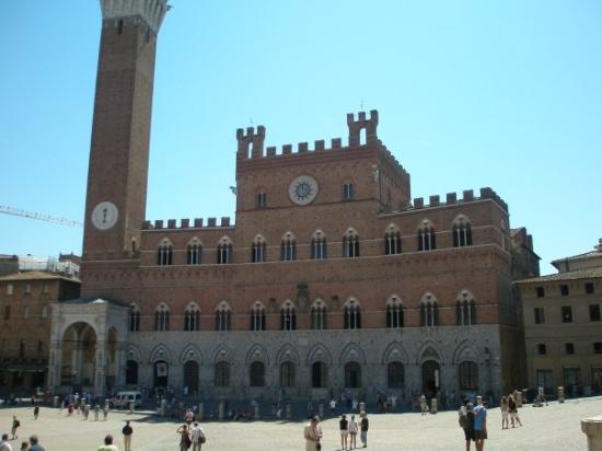 ปิเอซ่า เดล แคมโป: Piazza del Campo, Siena