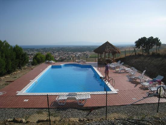 Cropani Marina, Italia: La meravigliosa piscina panoramica
