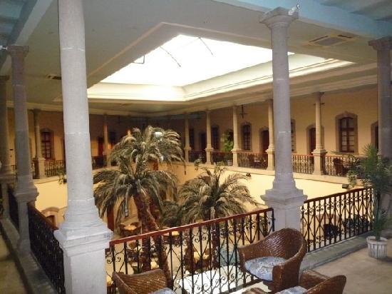 Otel Dulgeroglu: Hotel Atrium