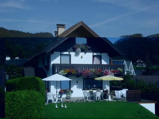 Haus Bichler Josefine: The guesthouse 2