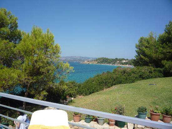 White Rocks Hotel Kefalonia: view from the pool