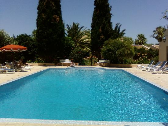 Piscine photo de villa mandarine rabat tripadvisor for Piscine b24