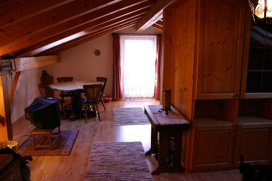 Gastehaus Strasser: Apartment (Dachmansarde) for two to three people