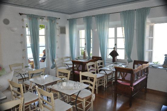 Niriedes Hotel: la réception