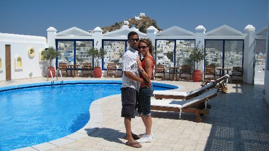 Lofos Village Hotel: My girlfriend and I at Lofos Village!