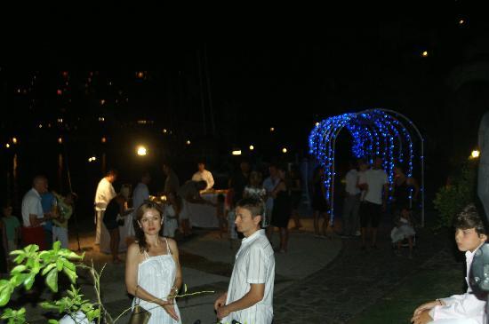 Hillside Beach Club: Night reception in the beach