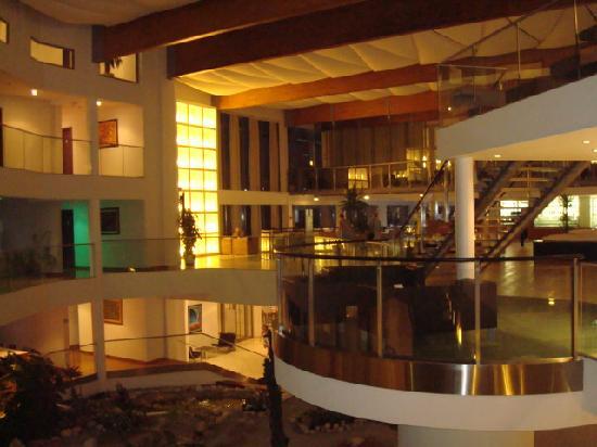 Queen of Montenegro: interno Queen hotel