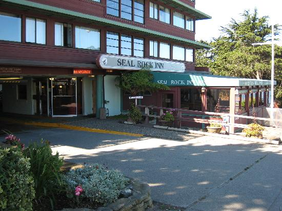 Exterior of Seal Rock Inn