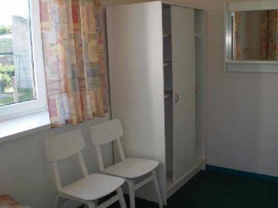 Haapsalu, twin room of Endla Hostel