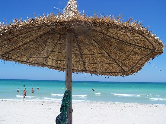 Radisson Blu Palace Resort & Thalasso, Djerba: vue mer depuis le transat