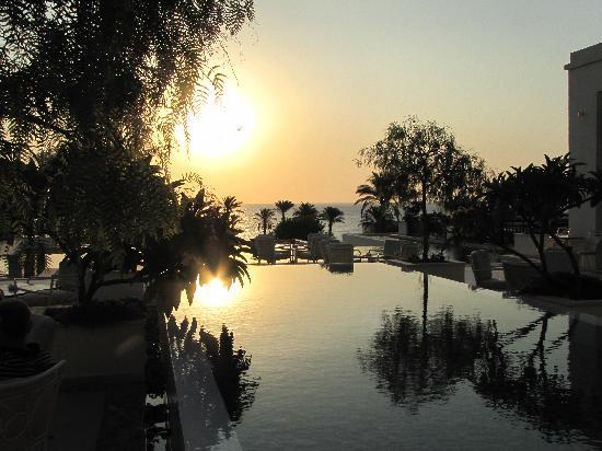 Grecotel Kos Imperial Hotel : Le lever du soleil sur le balcon du Hall d'entrée