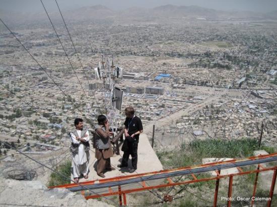 Kabul, อัฟกานิสถาน: Inspecting installations...