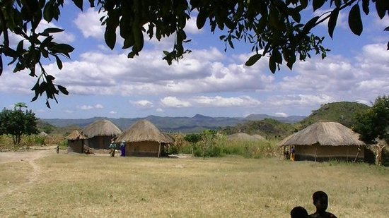 Lilongwe, Malaui: One of my favorite pictures of a typical village in Nkhoma.