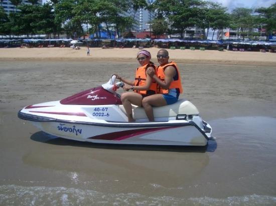 หาดพัทยา: Water sports at Pataya