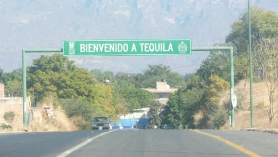 Rumbo a Tequila, la tierra mágica del Licor!!!