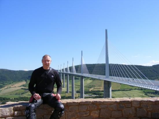 Millau Viaduct: Millau bridge in southern France, longest, tallest suspension bridge in the world!