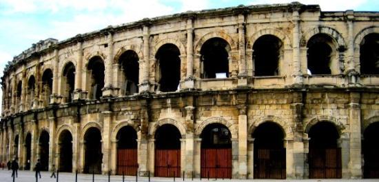 นีม, ฝรั่งเศส: Nimes, France