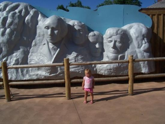 Mount Rushmore replica at Wall Drug Store in South Dakota.