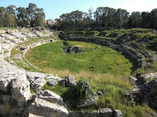 Roman Amphitheatre, Syracuse