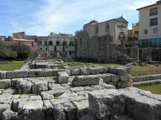 Tempio di Apollo: Temple of Apollo, Syracuse