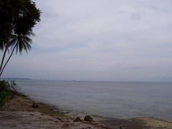 Biak Indonesia  city photos : Biak Beach Foto di Biak, Papua TripAdvisor
