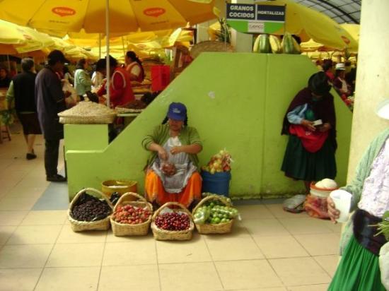 เควงคา, เอกวาดอร์: My favorite market, a daily stop for fresh fruit and veggies