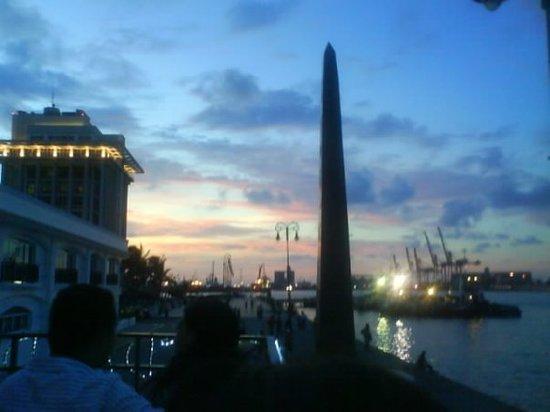 Veracruz, México: Bello atardecer...me encantó esta foto, no es por nada pero me quedó muy bien =)