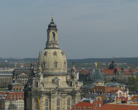 เฟราเอนเคอร์ค: Frauenkirche in Dresden