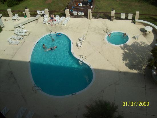 Days Inn by Wyndham Myrtle Beach: The pool that the hotel offered