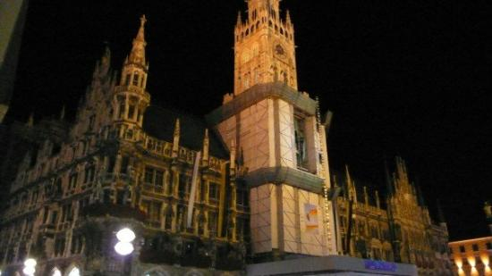 New Town Hall (Neus Rathaus): New Town Hall