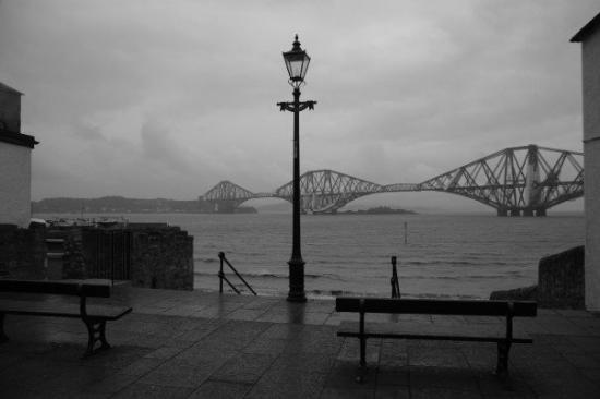 North Queensferry, UK: The Forth Rail Bridge. Queensferry, Edinburgh