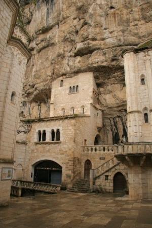 Cite Religieuse: Sanctuaire Notre Dame de Rocamadour was built right into the rocks