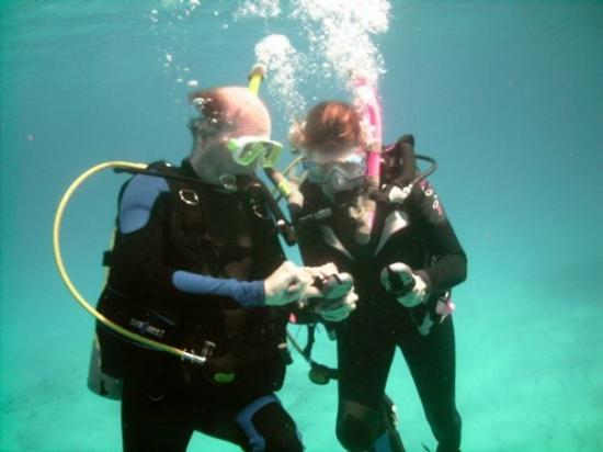 Aqua Safari Dive Shop: Julie and I again