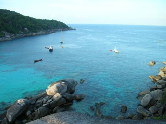 คุระบุรี, ไทย: The cove where we were staying pre-tsunami
