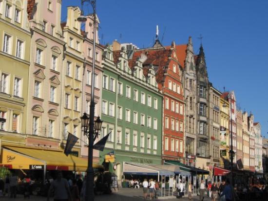 มาร์เก็ตสแควร์: Wroclaw. The medieval market square in all its glory.