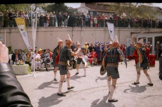 Traditional dancing in Bursa