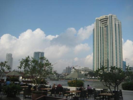 Mandarin Oriental, Bangkok: View from our seat at The Oriental (we went to breakfast there..why? Cause we could)