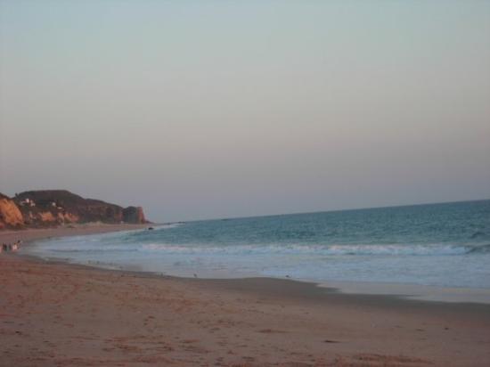 เรดอนโดบีช, แคลิฟอร์เนีย: Zuma Beach, CA