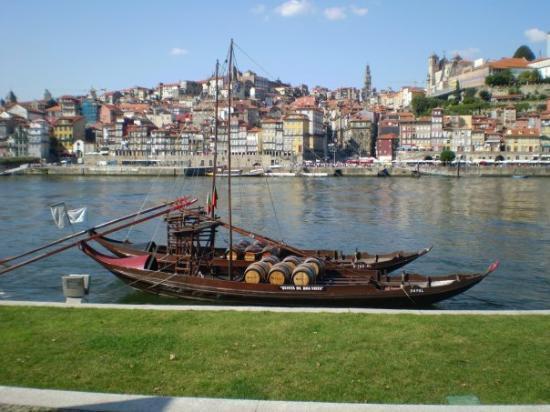 Rio Douro: Porto City, miss it!