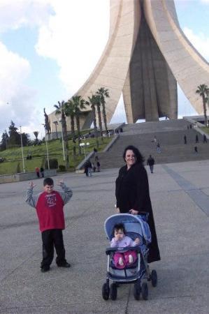 แอลเจียร์, แอลจีเรีย: Algiers, Algeria Lance Zahra and I in Algiers , Algeria January 2006