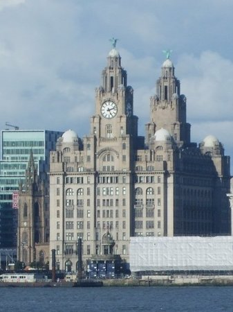 Liverpool Resmi