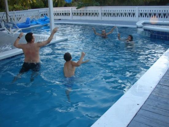 Big Pine Key, ฟลอริด้า: Pool volley ball