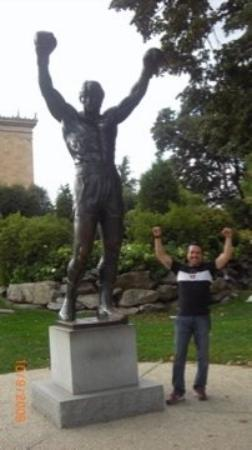 Rocky Statue: Rocky Balboa and Rocky Raus